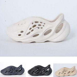 2020 crianças jovens meninos meninas miúdos Kanye West 700 v3 sapatos Summer Beach chinelo buraco espuma corredor Slides Osso sandália sapatos tamanho 24-35