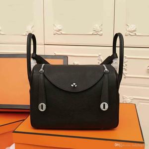 الجديدة الكلاسيكية مصمم أزياء حقائب اليد من النساء حزام حقائب الكتف جلد طبيعي أكياس سوداء محفظة صغيرة FREESHIPPING حمل الحقائب الكتف نمط