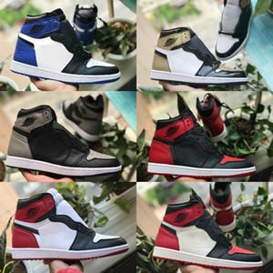 Vendite 2020 nuovi pattini alta OG Mens 1 di pallacanestro economici viola corte Chicago Retroes Banned Ombra Bred Toe Rosso Blu Bianco Nero Women Shoes 1s