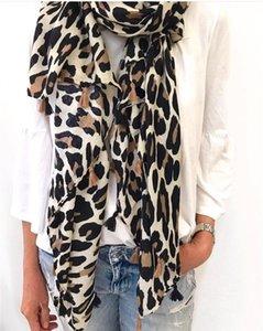 2018 Mulheres Moda Marca Leopardo Dot Borla Xale Viscose Cachecol Das Senhoras Impressão Macio Warmer Envoltório Pashminas Sjaal Muçulmano Hijab Baixada