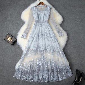 2020 Yaz Zarif Mavi Uzun Kollu Mürettebat Boyun Romantik Çiçek Baskı Mesh Nakış Boncuk Uzun Elbise Günlük Elbiseler 71115T10022