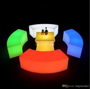 Neue wasserdichte glühende bogenförmige Hocker Schlange Stühle Kombi-Modelle Sofa im Wohnzimmer LED Bar Möbel Explosion Verkauf Bar