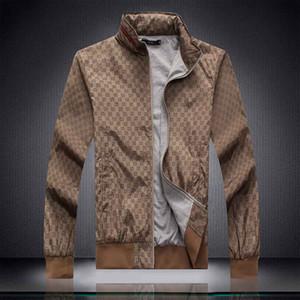giacca SS19 di nuovo stile degli uomini impermeabile traspirante capispalla per uomo di sport cappotti donne antivento inverno Outwear Soft Shell Men