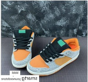 2020 Travis x Scotts SB Dunk low Safari running shoes Brown green leopard and cement markings Athletic Skateboarding sports Trainers size