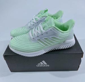 2020 Scarpe multicolore Designersport Scarpe Uomo Donne Designerrunning alta qualità Sport Unisex Trainning Brandshoes AD01 20022106W
