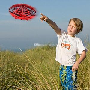 Voar Helicóptero Mini robô UFO RC Drone Infraed Indução Aircraft Quadrotor Atualize Hot alta qualidade RC brinquedos para as crianças
