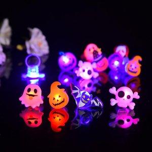 Halloween LED Ring Geist Kürbis Fledermaus Design Fingerringe Licht Kinder Cartoon Flashing Geschenk Spielzeug Neu