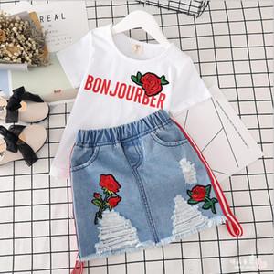التجزئة الفتيات ملابس روز مطرزة 2PCS الملابس مجموعات قميص + تنورة الدنيم عارضة الدعاوى مصمم ملابس الطفل رياضية للأطفال بوتيك