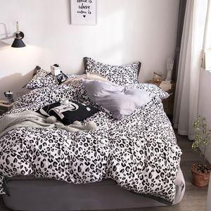 Black Leopard Print Bedding Sets Kids Adults Duvet Cover Bed Sheet Pillowcase Queen King Bedding Set  fashion bedclothes