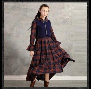 Kış Tasarımcı Retro Elbiseler 2PCS Ekose Sonbahar Moda Stil Bayan Giyim Bow Gündelik Giyim Womens yazdır
