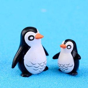 adornos 3pcs / lot musgo ornamento Micro paisaje pingüino padre e hijo muñeca DIY Pequeños juguetes de decoración de interiores de múltiples