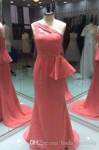 2019 Real Photos Photos Coral Peplum Bridemaid платье русалка One Bee Beed Choused формальная гостевая горничная честь платье плюс размер на заказ