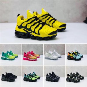 2019 TN Plus Cushions Running Shoes Sunset Geometric Triple Black White Grey Red Silver Mens Womens Sports kids sneakers