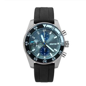 2019 New Luxuxmann Military Sportuhren Herren-Quarz-Taktgeber Gummibügel Wasserdicht Datum Armbanduhr Reloj Hombre