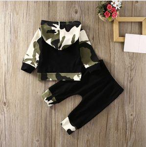 Ins Primavera Queda Kids Clothing Boy 2 pcs conjuntos de camuflagem Hoodies + calças Roupas de bebê Crianças duas peças conjuntos de crianças Casacos conjuntos de roupa casual