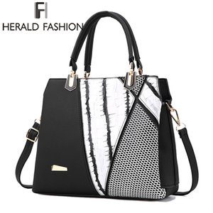 Wholesale 2017 new Herald Fasion Women Brand New Design Handbag Black And White Stripe Tote Bag Female Shoulder Bags High Quality PU Leather Purse