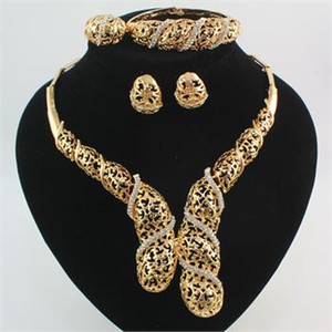 Jewelry Set Dubai 18K Gold Plated Crystal Hollow Wedding Luxury Women Party Crystal Bridal Necklace Set