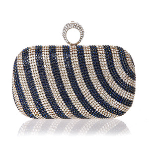 Wholesale New Mini Finger Ring Handbag Diamond Rhinestone Clutch Bag Evening Banquet Crystal Purse Beautiful Bride Party Purse