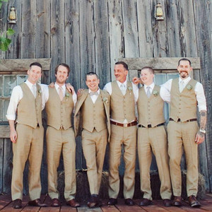 New Style Groom Vests Khaki Groomsmens Best Man Vest Custom Made Size and Color Five Buttons Wedding Prom Dinner Waistcoat K228
