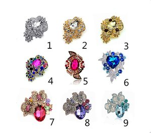 Wholesale Fashion Jewelry Mix Design Beautiful Gold Silver Tone Crystal Rhinestone Bridal Flower Brooches for Wedding Bouquet