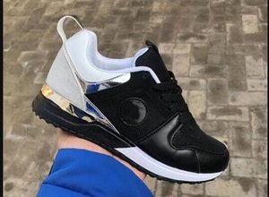 Wholesale 2019 Hot sell Casual Sport Shoes For Men Women Low Cut Run Away Sneaker Trainer Shoes Outdoor Unisex Zapatillas Athletic Shoes Sol