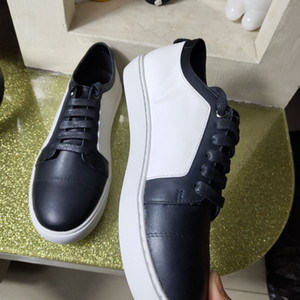 Wholesale color block sneaker for sale - Group buy Europ classic style With Box Designer Sneakers Low Cut Spikes Flats Shoes Black and white color blocking For Men and Women Leather Sneakers