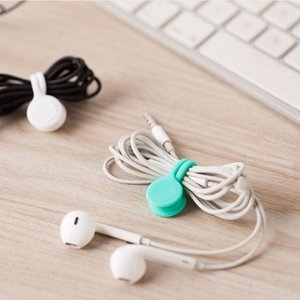 Wholesale Hot Sell Multifunction Management Silicone Earphone Headphone Cord Winder USB Cable Holder Strap Magnetic Organizer Gather Clips Colorful
