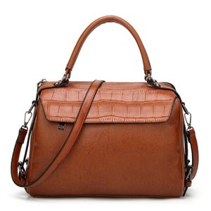 Lucky2019 Crocodile Tide Ol Grain Single Shoulder Satchel Woman Oil Wax 100 Take The Hand Handbag Patent Leather Light Noodles Document Bag
