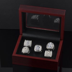 Wholesale Dalla Super Bowl Champion Rings Stainless Steel Rhinestone Cowboy Champion Rings Suits Fans Souvenirs Rings