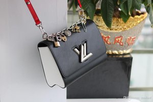 Wholesale 19FW Fashion Sewing Letters Crossbody Bag WOMAN PU Leather Shoulder Bags Girls Metal Ring Waist Bag Small Chest Bag YECQ1