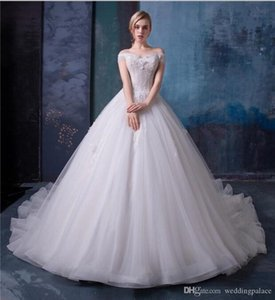 Wholesale A-Lline Off The Shoulder Wedding Dresses Bridal Gowns With Lace Applique With Lace Up Long Court Train Vintage Real Picture Gowns