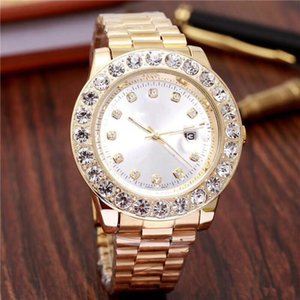 Wholesale 45MM diamond watche relogio masculino mens watches Luxury dress designer fashion Black Dial Calendar gold Bracelet Folding Clasp Master Male