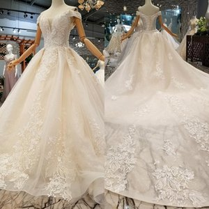 Vintage Off Shoulder Ball Gown Wedding Dresses 2019 Princess Lace Appliqued Bridal Gown Bohemian Plus Size Dresses Custom Made BC1606