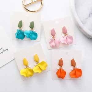 Wholesale 2019 Summer Solid Color Pink Blue Orange Yellow Flower Petal Pearl Dangle Earrings For Women Korean Fashion Earring Jewelry