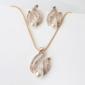 Wholesale brides jewelry resale online - New design pearl u shaped earring necklace set Wedding Bridal Jewelry bride accessories set Bridal Jewelry Sets for Wedding decorations