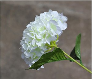 Wholesale European Pastoral Style White Artificial Silk Flower Hydrangea Bouquet For Wedding Party Decorations A21