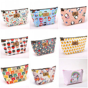 Wholesale Cute Small Coin Purse Yellow Duck Little Bear Printed Makeup Bags Travel Washing Bag New Fashion dd E1