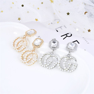 Wholesale Fashion temperament high quality pearl crystal letter female stud earring simple trend womens lady earrings ear jewelry