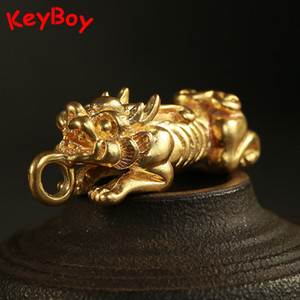 Wholesale Brass Lucky Beast Pi Xiu Pendants for Keychain Jewelry Handmade Copper Chinese Ancient Animal Mascot Car Key Chain Ring Hanging