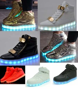 Wholesale Men LED Light up Shoes Women High top Sneakers Luminous Running sneaker Shoes USB Charge