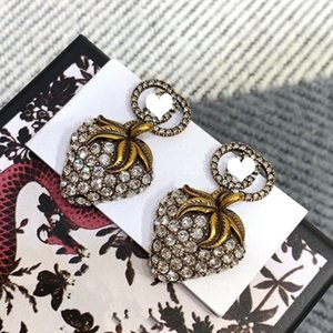 Vintage Letter Stud Earring Women Strawberry Rhinestone Letter Earring Fashion Jewelry Accessories for Gift High Quality