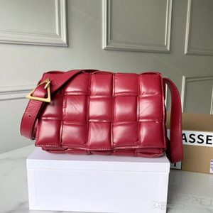 Wholesale handbags messenger bags s resale online - Handbag designer luggage women s messenger bag leisure temperament pleated Plaid woven cow leather pillow bag