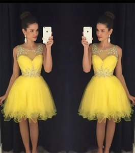 Wholesale Fashion Yellow Tull Party Dresses 2019 Sheer Crew Neck Beaded Crystals Short Mini Prom Gowns vestido formatura curto Homecoming Dresses