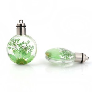 Wholesale 2PC Glass Dried Flower Pendants Ball Yellow Transparent LED Light Up For Jewelry DIY Making Necklace Accessoreis New Trendy