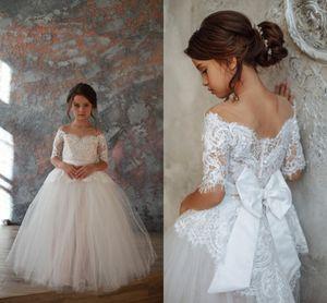Princess White Off Shoulder Flower Girls Dresses Lace Appliqued Tulle Girls Pageant Dresses 3 4 Long Sleeves Girl Formal Wedding Dress