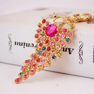 Wholesale 4 Colors Bling Rhinestone KeyChain Elegant Colorful Peacock Keychain Peafowl Peahen Keyring Bag Pendant Car Key Chain Ring