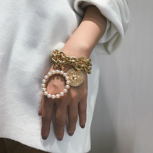 Wholesale Fashion Women Bracelet White Pearls Beads Bangle Gold Silver Link Chain Round Coin Relief Portrait Bracelet
