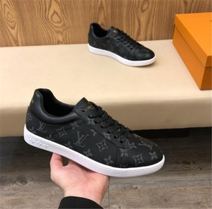 Wholesale New arrival fashion men basketball tennis shoes luxury genuine leather designer sneakers printing mens racer running shoes size