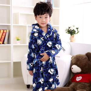 Winter Children'S Bathrobes Flannel Warm Robe Cartoon Penguin Soft Thicken Bath Robe for Kids Navy Blue Football Boys Bathrobe SH190912