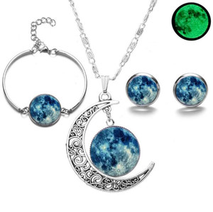 Wholesale Luminous Universe Starry Sky Bracelet And Stud Earrings Necklace Set Moon Silver Pendant Women Jewelry Set Charms Party Gift Friendship